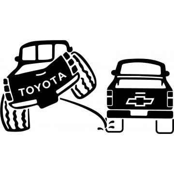 Toyota 4x4 Pee on Chevrolet